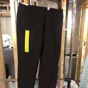 New women's dress pants size 6